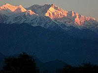 abend stimmung kandschendzonga sikkim indien
