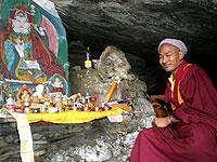 moench retreat heilige hoehle guru rimpoche tashding sikkim indien