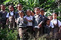 schulklasse dorf west sikkim indien